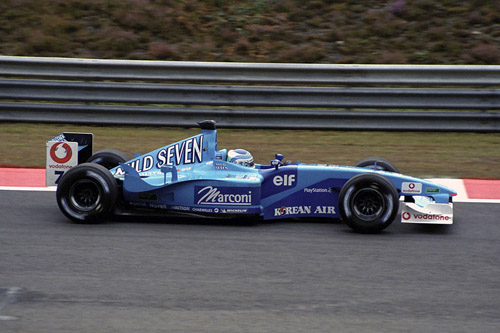 Fisi en route to Benetton's final podium (Carsten Riede)