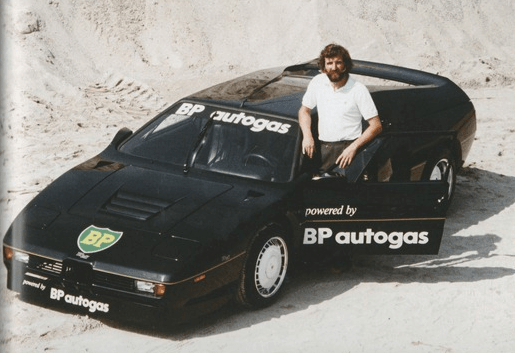 Harald prepares for the ultimately unofficial 1981 speed record attempt with the heavily-modified BMW M1