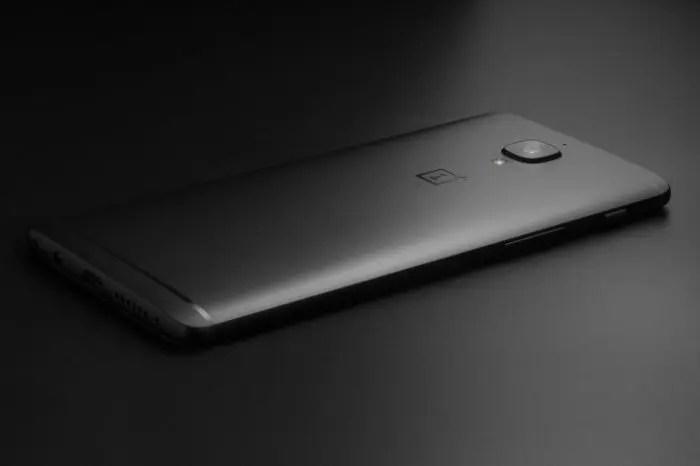 OnePlus 3T Midnight Edition