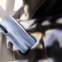 Realme X50 Pro Play: «θηρίο» με OLED οθόνη@90Hz , Snapdragon 865 και έως 12 GB RAM!