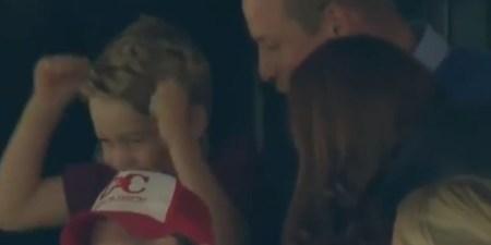 Oι έξαλλοι πανηγυρισμοί του πρίγκιπα Τζορτζ σε αγώνα ποδοσφαίρου