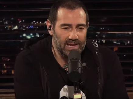 Έξαλλος ο Αντώνης Κανάκης με τις live εκπομπές του Αρναούτογλου: «Πιο ξεδιάντροπη αντιγραφή!»