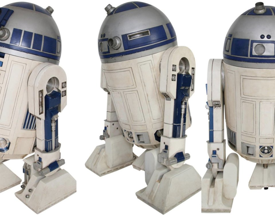 got-a-million-bucks-r2-d2-social.jpg