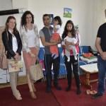 Стамбено обезбеђена четворочлана породица Станишковић