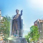 Косовска Митровица: Постављен споменик Кнезу Лазару