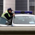 Novi zakon o saobraćaju na Kosovu. Paprene kazne za prekoračenje brzine i uništavanje saobraćajnih znakova.