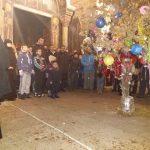 Паљење Бадњака у манастиру Грачаница