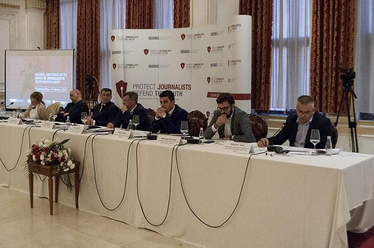 Удружења новинара на Косову подржавају препоруке ОЕБС-ове регионалне конференције о безбедности новинара