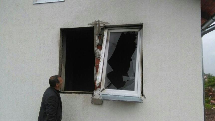 Демолирана кућа повратника у Драговољцу код Истока