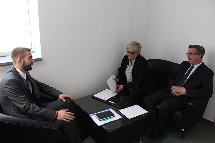 Томић и Хоуп о верификацији диплома