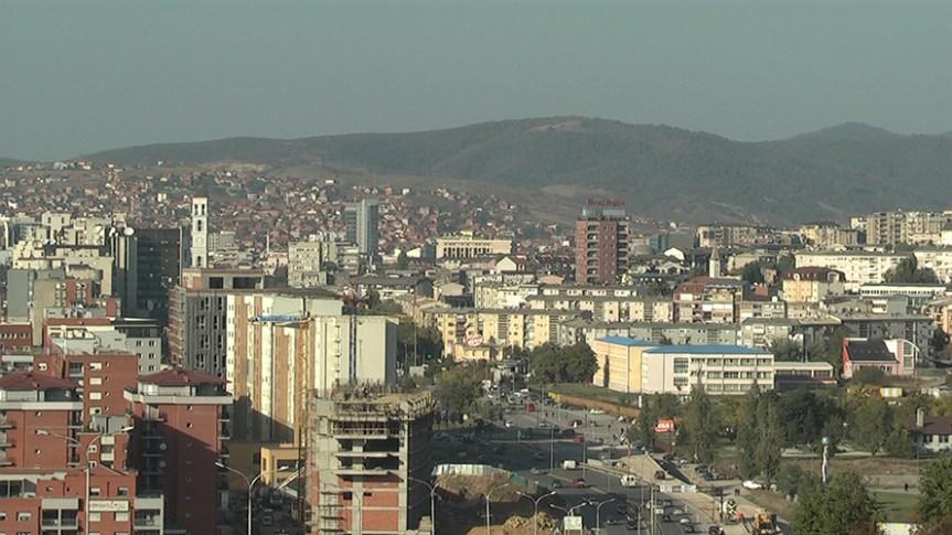 Директорка ЕУ за Западни Балкан на крају посете Косову отвара спортску халу између Грачанице, Лапљег Села и Ливађа
