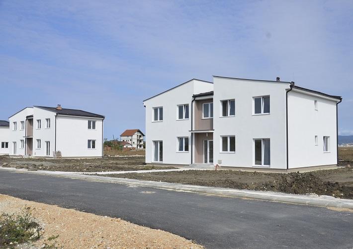 Završena izgradnja još dve stambene zgrade u Suvom Dolu