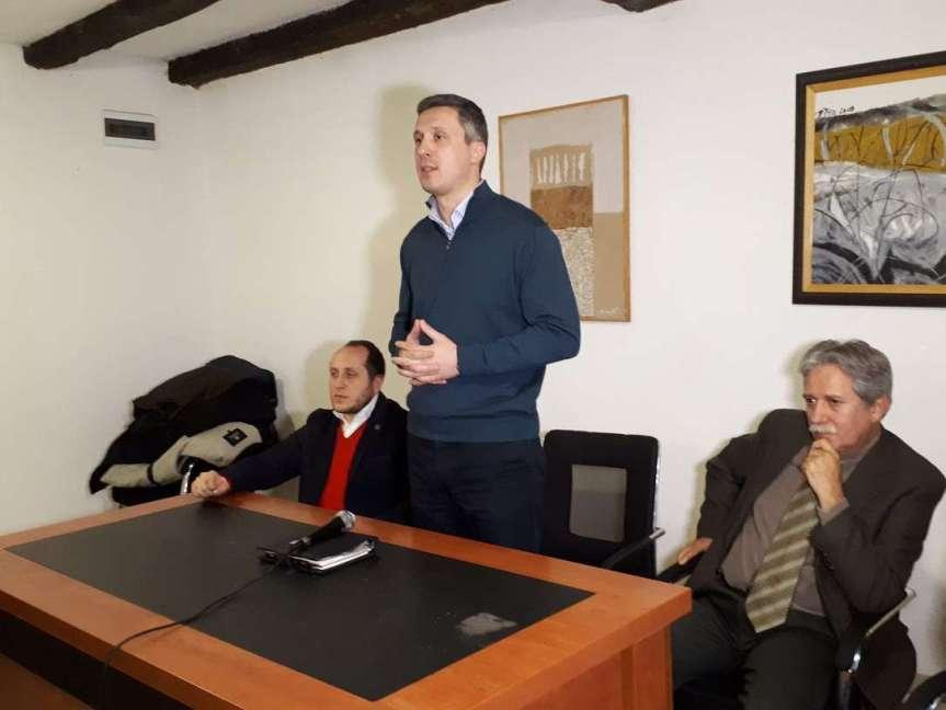 Грачаница: Обрадовић и Самарџић захтевају већи притисак јавности против потписивања независности Косова