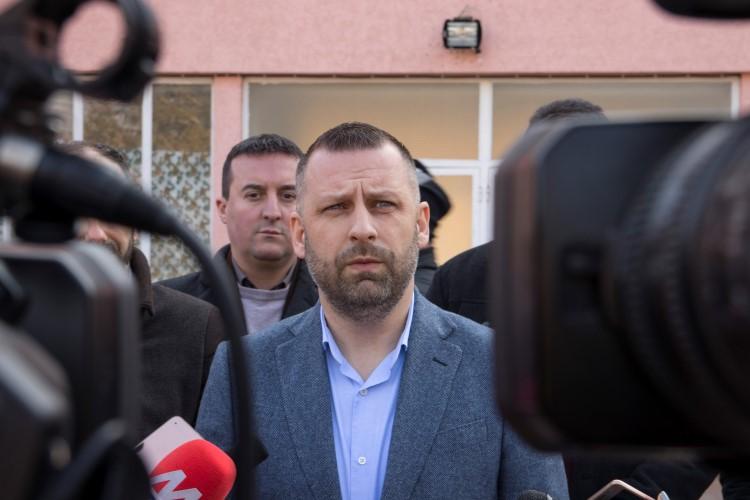Далибор Јевтић: До сада није било жељених резултата у повратку расељених на Косово