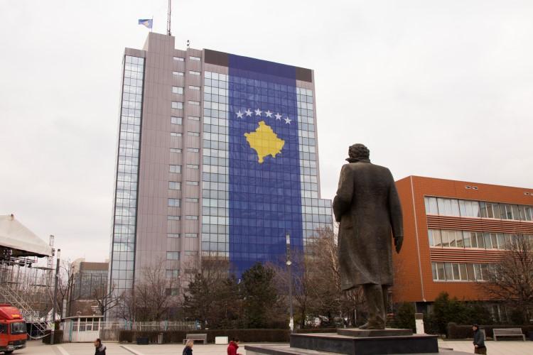 Kosovo – Decenija zavisnosti od nezavisnosti