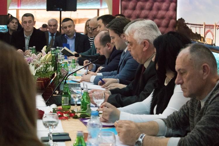 СНФ: У време одржавања састанка са државним врхом у Београду, обијена куће Момчила Трајковића