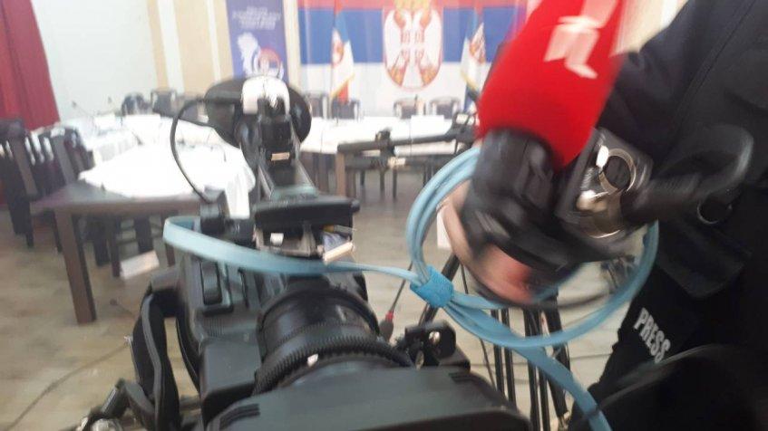 У акцији РОСУ полиције оштећена и опрема ТВ Пулс