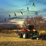 Дванаесточлана породица из Сушића добија трактор