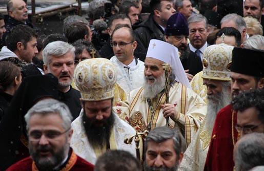 Патријарх српски Иринеј: европски и амерички моћници немају слуха за правду и истину!