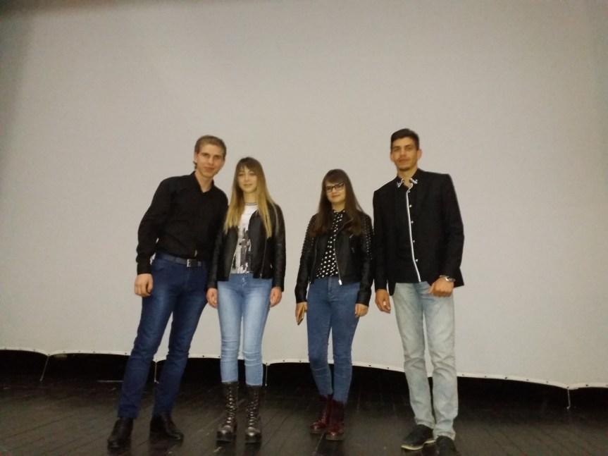 Они знају ко су и шта желе, са премијере документарног филма младе ауторске екипе из Грачанице