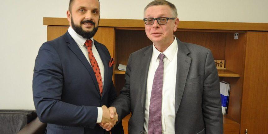 Радојевић Зуеву: Битно да присуство УНМИК-а остане не промењено