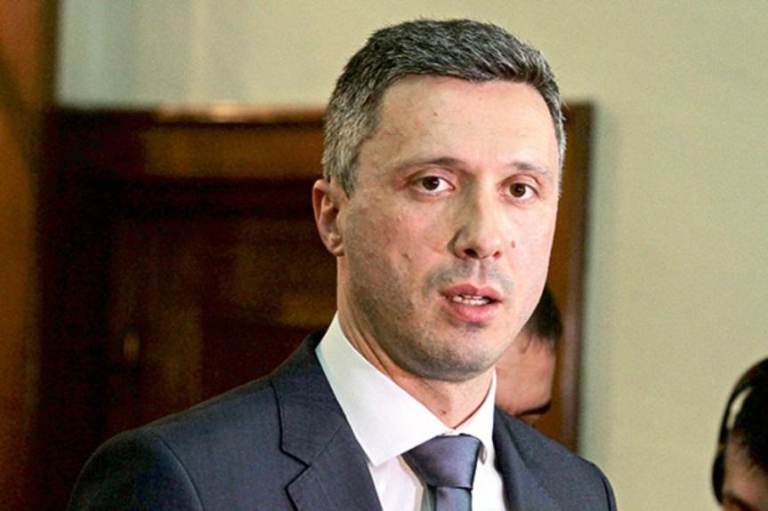 """Обрадовић осудио изјаву премијерке Брнабић да је """"Косово било Србија"""""""