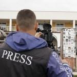 UNS i UNS na Kosovu: Kosovske vlasti da omoguće slobodu kretanja ekipi RTS-a