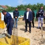 Лапље Село: Камен темељац за нове квадрате