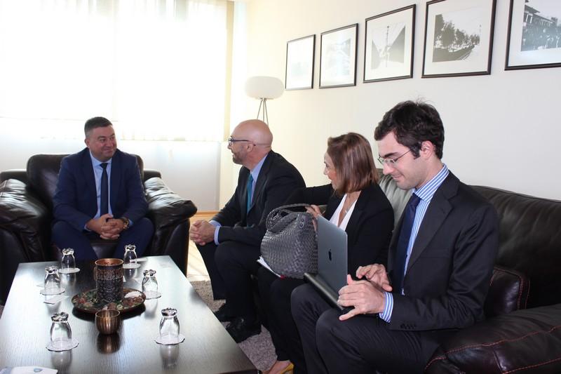 Министар Тодосијевић са представницима Светске банке
