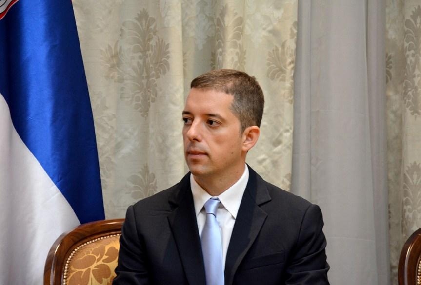 Ђурић: Увођењем закона о вербалном деликту у 21. веку Приштина искључиво Србима укида слободу говора.