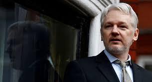 Оснивачу Викиликса прети губитак азила у амбасади Еквадора. УНС – позива на солидарност са Асанжом