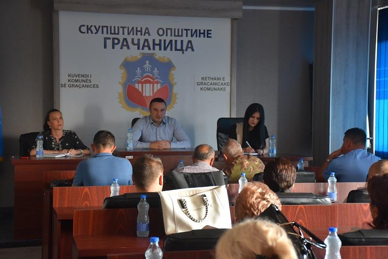 Општина Грачаница: Састанак о безбедности уочи почетка нове школске године