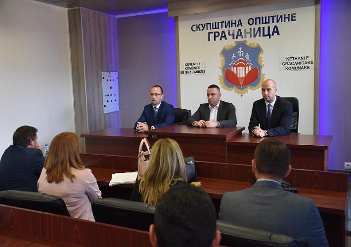 Српска листа посетила општину Грачаница