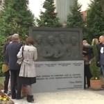 Шабац – Откривен споменик у знак сећања на страдалу новинарску екипу РТС-а