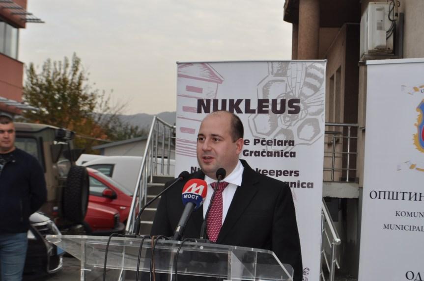 Козарев у Косовској Митровици на свечаној Академији поводом Дана студената