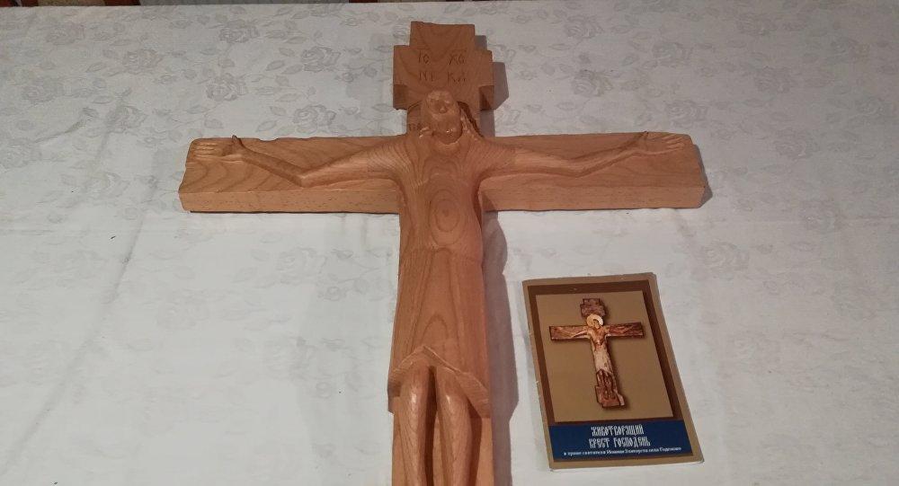 Na Kosovo i Metohiju stiže kopija Gadenovskog isceliteljskog krsta