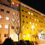 Перформанс студената у Косовској Митровици: Сахрана међународног права.