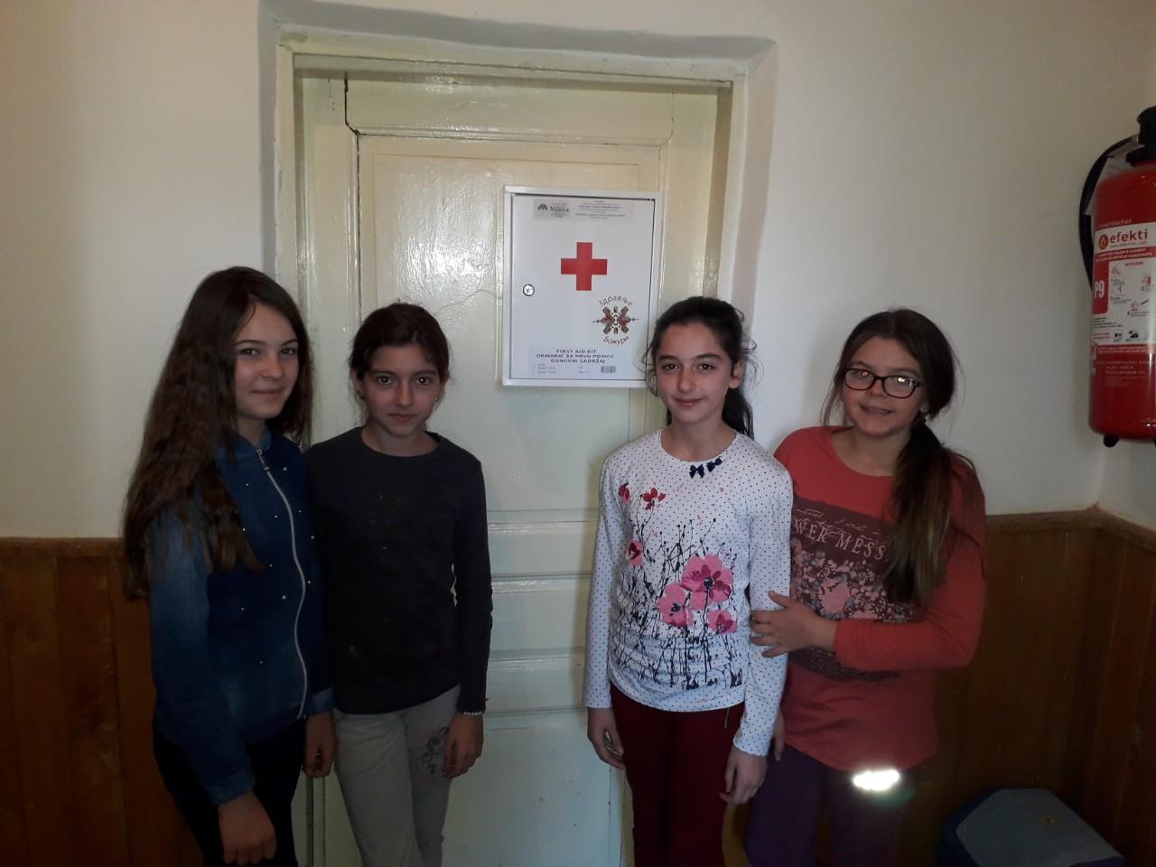 """Удружење ,, Здравље-Божури"""" у акцији помоћи школама на Косову и Метохији"""