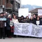 Albanci ne dozvoljavaju da đakovački Srbi dođu u taj grad