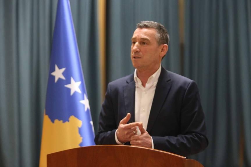 Весељи: Повећање плата у јавном сектору одраз стабилне економије. Таксе на робу из Србије треба суспендовати на период од 120 дана
