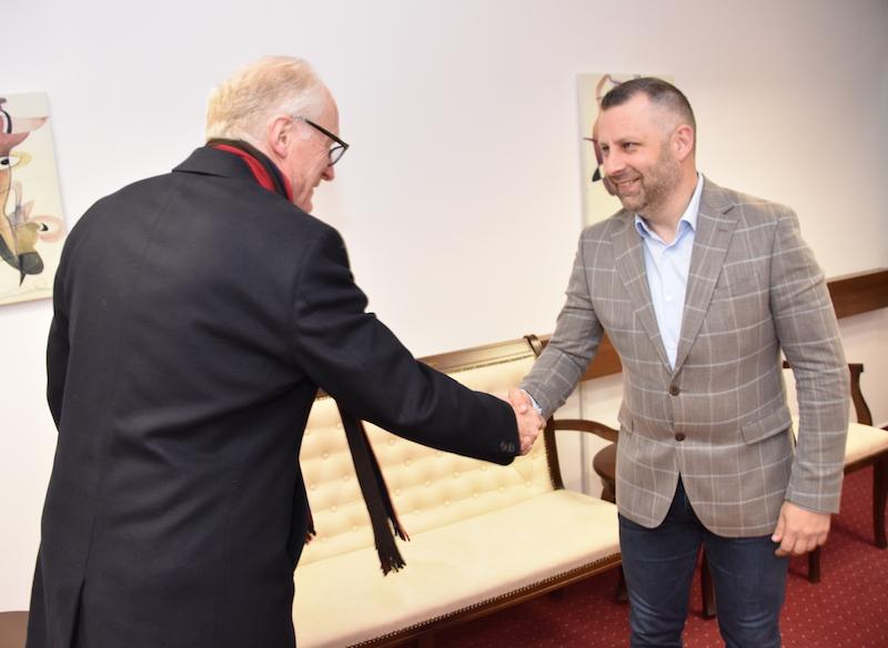 Јевтић са Еидеом: Мора се одустати од једностраних одлука и потеза