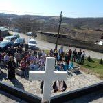 Нови крст поново засијао са споменика српским жртвама у Великох Хочи