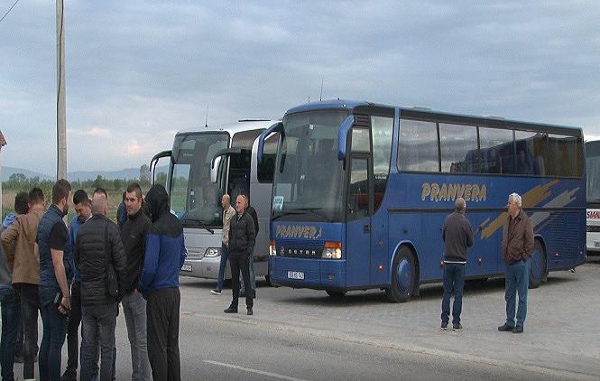 Из Грачанице у Београд, подршка Александру Вучићу