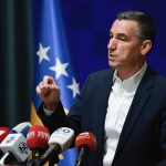 Кадри Весељи захтева решавање случаја у коме криминалци на видео снимку помињу његово име. Зашто се овај видео материјал појављује после шест година, пита се председник Скупштине Косова