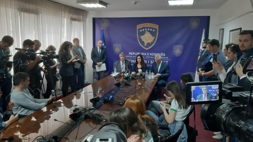 Косовска полиција и Специјално тужилаштво: За све ухапшене на северу Косова притвор од 48 сати. Ухапшено  19 полицајаца, 11 Срба, 4 Албанца и 4 Бошњака.