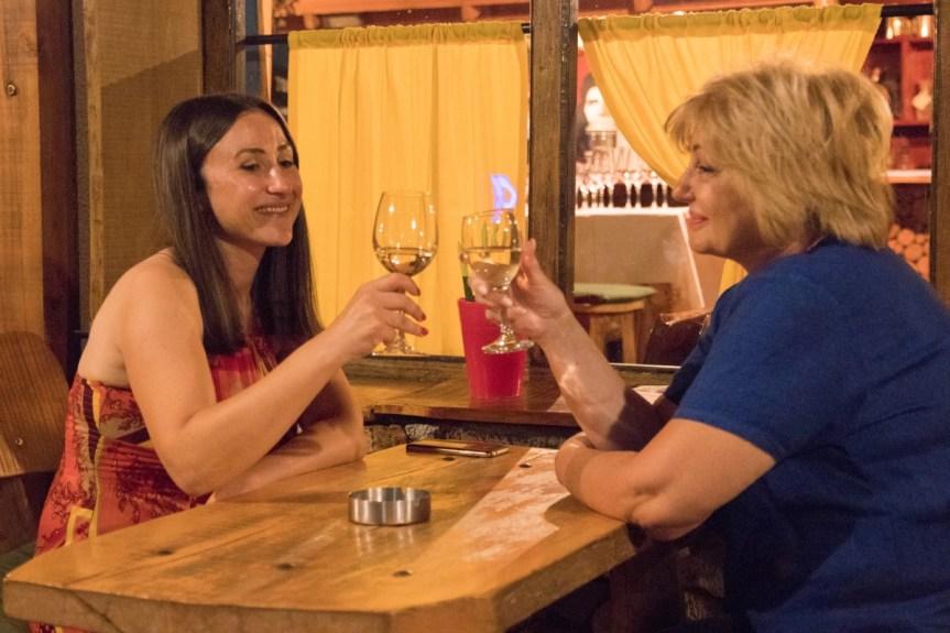 """Дегустација ораховачких вина у клубу """"Че Гевера"""""""