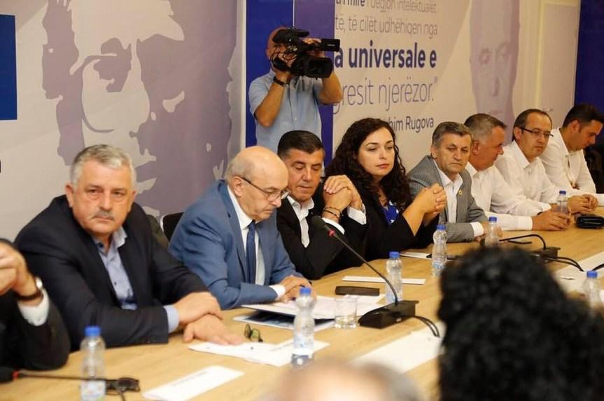 Вјоса Османи – прва жена кандидат за премијера