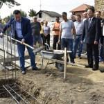Максимовићи ускоро у новој кући