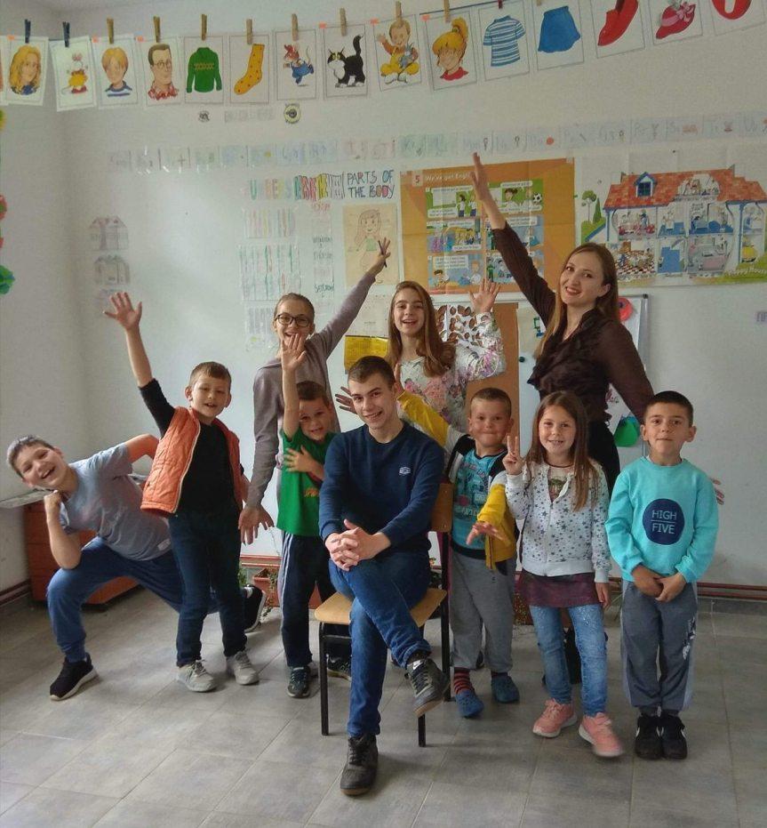 Кикинда обезбедила школски прибор за ђаке у Метохији