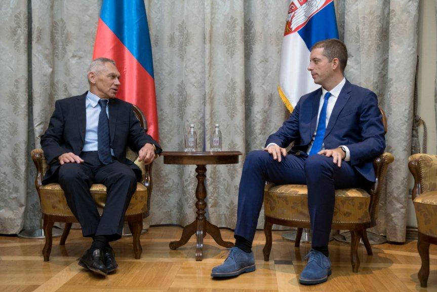 Ђурић са руским амбасадором о ситуацији на Косову